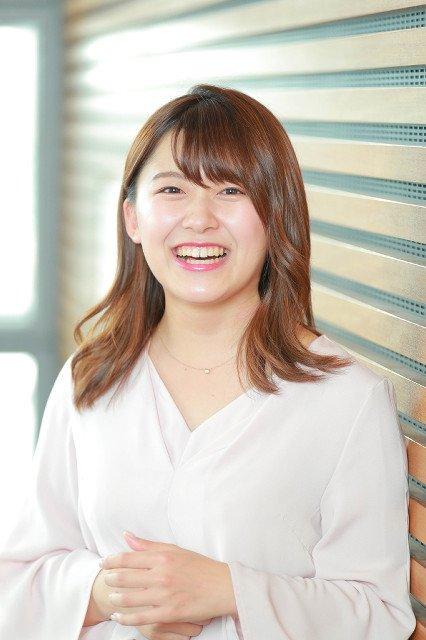 尾崎里紗アナウンサーはムチムチでかわいい?水トアナより体重ある?