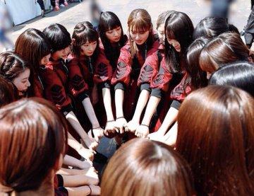欅坂46 日向坂46の人気の違いはどこ?楽曲のメッセージ性が全然違う